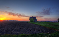 Mornings First Light (kendoman26) Tags: morning sun sunrise farmland hdr photomatix grundycountyillinois sonynex selp1650 sonynex3n