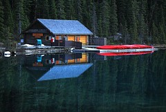 Traces of winter (RRG .CA) Tags: colorphotoaward mirrorser superstarthebest