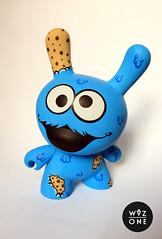 "8"" Cookie Monster (WuzOne) Tags: cookies toy cartoon vinyl kidrobot sesamestreet custom cookiemonster dunny munny artoy wuzone"
