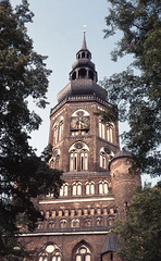 1986-08-20 St.Nikolai Church in Greifswald (beranekp) Tags: old tower history church germany deutschland alt religion iglesia kirche chiesa igreja turm ostsee glise greifswald kostel historie  v   ringexcellence