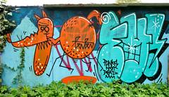 HH-Graffiti 158 (cmdpirx) Tags: urban streetart art wall writing painting graffiti mural paint artist wand character hamburg can spray crew hh writer hiphop hip hop graff piece aerosol stpauli bombing legal altona sternschanze pauli 1010 schanze wildstyle künstler stgeorg fatcap strassenkunst tenten eatworld