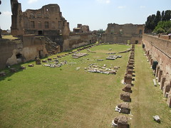 DSCN1255 (Starcadet) Tags: italien pantheon christen kaiser rom nero römer forumromanum papst vatikan antike petersdom petersplatz kolosseum engelsburg benediktxvi audienz cäsar