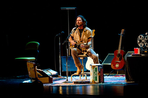 eddie_vedder-long_beach_terrace_theater_ACY7768