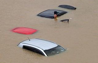 地球暴雨渐多,人类未雨绸缪否?
