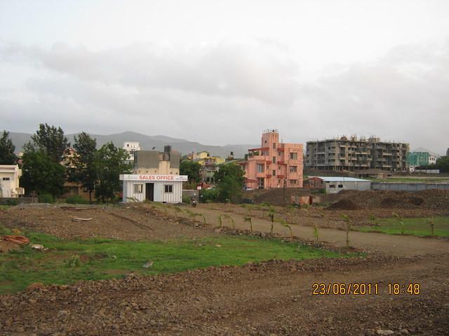Sales office of Kumar Properties' Kumar Palmcrest, 2 BHK Flats, off Katraj Saswad Road, behind Savitiri Palace Mangal Karyalaya, on Khadi Machine Chowk (Kondhwa Road) to Undri Chowk, Pisoli Gram Panchayat, Pune 411 028