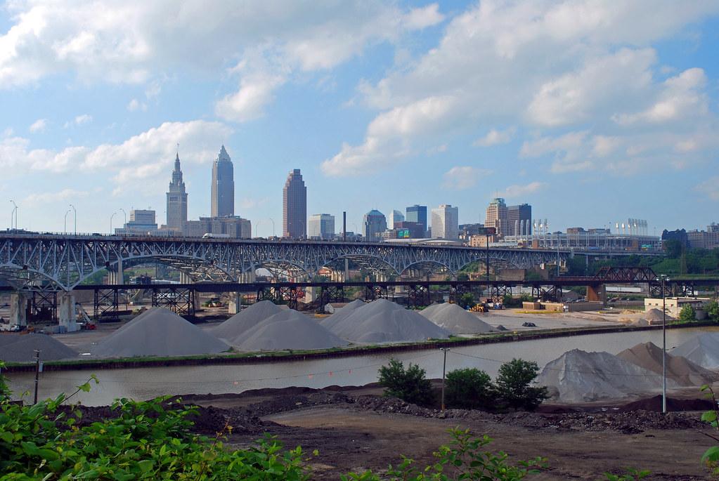 365-13 Cleveland Skyline