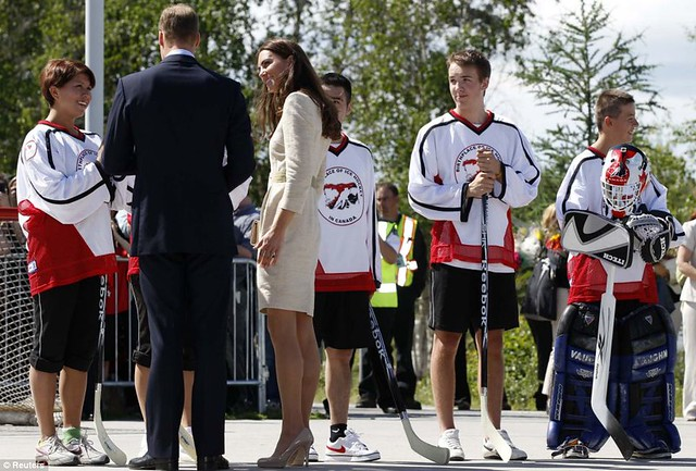 Two Royals in a boat Canoe-dling Kate and William wow Canada's Northwest Territories with their paddling partnership in a kayak  15