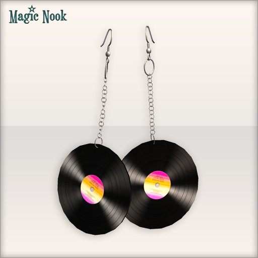 [MAGIC NOOK] Vintage DJ Earrings - Close Up