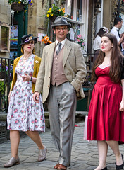40s family (Dave2638) Tags: family costume weekend yorkshire wwii event 40s haworth