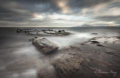 Tierra salvaje. (Francisco J. Pérez.) Tags: naturaleza nature landscape mar spain paisaje panoramica cadiz tarifa sigma1020mm campodegibraltar guadalmesi pentaxk5 ´franciscojpérez