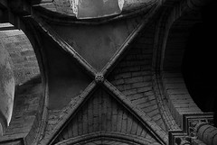 IGLESIA DE SANTA MARIA (S. XII-XIV), VILLALCZAR DE SIRGA, PALENCIA, 1989 (Manel Armengol C.) Tags: espaa art stone spain catholic religion medieval santiagodecompostela 1989 kodachrome romanesque olympusom2 pilgrimage caminodesantiago middleage palencia analogic romnico 12thcentury romanesqueart peregrinaje iglesiadesantamaria sigloxii wayofstjames arteromnico villalczardesirga villasirga plerinagedesaintjacquesdecompostelle stjamesway sxii pocamedieval medievalperiod religioncatlica manelarmengol cheminsdecompostelle manelarmengolphotography manelarmengolfotografia fotografiamanelarmengol pilgrimswaytosantiago templotemplario templofortaleza