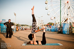 IMG_2824ChristineHewitt_YogicPhotos (yogicphotos) Tags: travel carnival friends portrait woman india yoga photography flying nicole support women couple audience performance fair exhibition ferriswheel balance rides natalie inversion midway mysore asana acro portraitphotographer christinehewitt portraitphotography acroyoga nicolee nicoleellis yogaphotography coupleyoga yogaphotographer yogicphotos friendyoga dasaraexhibition