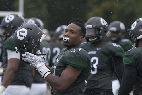 Rainy Weather Doesn't Dampen Spirit at College of DuPage Homecoming 2016 44