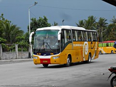 Yellow Bus Line A-32 (Monkey D. Luffy 2) Tags: higer mindanao bus photography philbes philippine philippines enthusiasts society