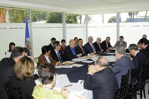 Secretary General Meets with SICA Representatives