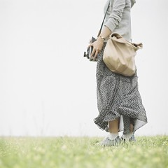* (fangchun15) Tags: 120 6x6 film girl japan kodak bronica s2 portra400 葛西臨海公園 bronicas2