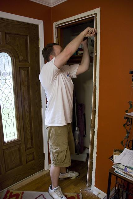 kyle install closet door