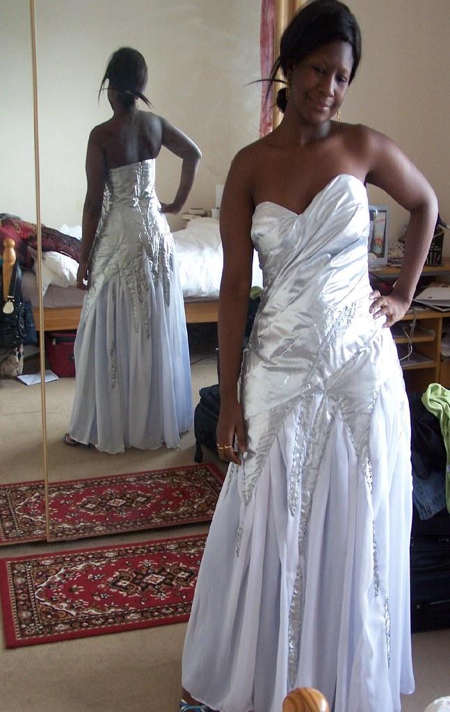 Aisha's Beyoncé Elie Saab Dress 2011