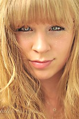 45/365 (haley lorenson) Tags: portrait woman selfportrait girl beauty alaska glitter lady hair eyes blueeyes lips sharp blonde teenager 365 framing bangs wavy 45365 fullbangs haleylorenson hclphotography
