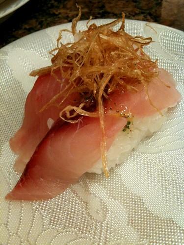 バジル風味!魚卸回転寿司 ダイマル水産