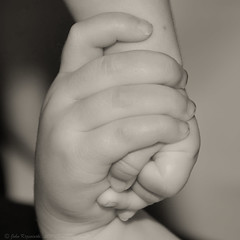Hand in hand (Images by John 'K') Tags: alex hands holdinghands ashlyn johnk d7000 johnkrzesinski randomok