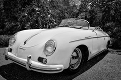 Porsche 356 1500 Speedster (1955) (Swissrock) Tags: bw 1955 schweiz switzerland blackwhite july event juli oldie speedster sportscar porschemuseum enea 2011 porsche1500 andykobel baummuseum onceeins kw2779 einsommerwiedamals