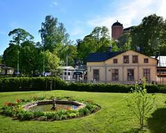12 months same subject (May) (p2-r2) Tags: flowers blue trees sky sun green castle fountain garden nikon sweden uppsala jarl birger projectflickr d7000 tamronspaf1750mmf28diiild