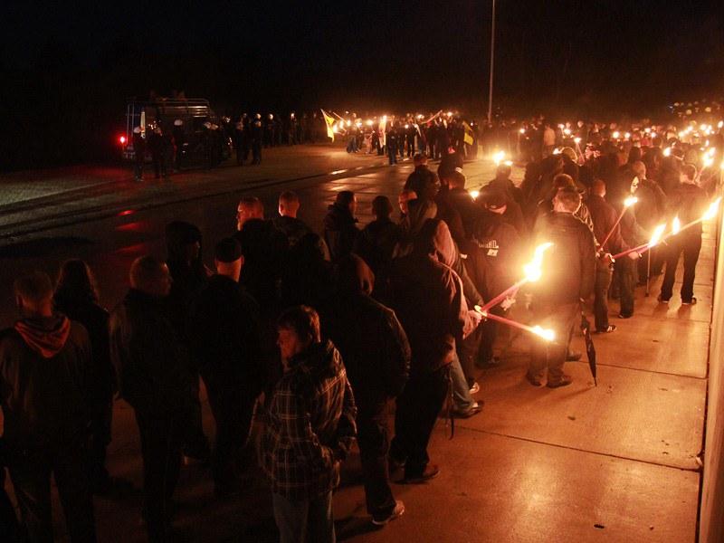 Fotogalerie des NPD-Aufmarsches und der Gegenproteste