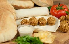 (hummus.refi) Tags: restaurant beans madina jeddah falafel hummus  yanbu      refi       httphreficom hreficom hrefi hummusrefi
