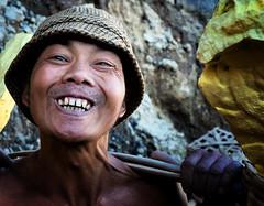 java - ijen (peo pea) Tags: indonesia giava java ijen cratere crater ritratto portrait portraits ritratti reportage volcano vulcano leica leicaq