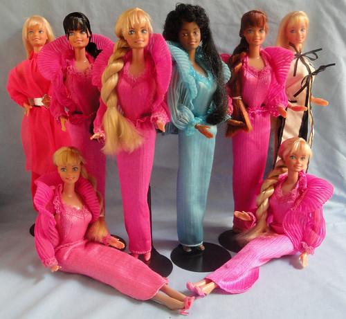 Beauty Secrets Barbie Group