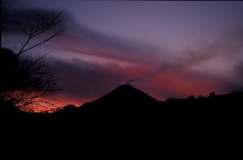 sunset over volcano, Colima NP, Colima, MX 1997_03_23 002.jpg