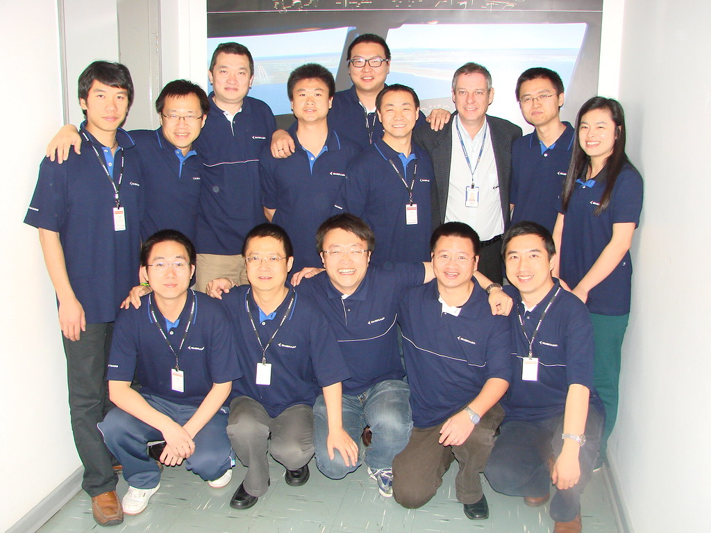 CHINA SOUTHERN AIRLINES - E-JETS AV CAT II LINE AND BASE - FROM MAY 19th to JUNE 22nd, 2011