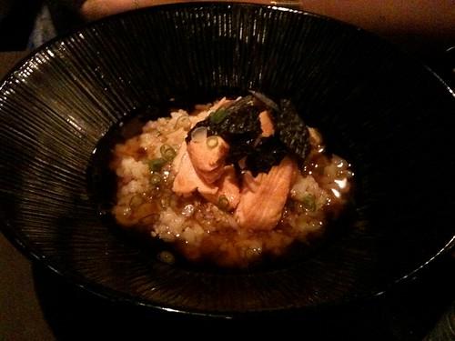 Lengué: Saumon et riz au bouillon