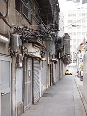 明治通り裏 (がじゅ) Tags: 渋谷 電線 散歩 epl2