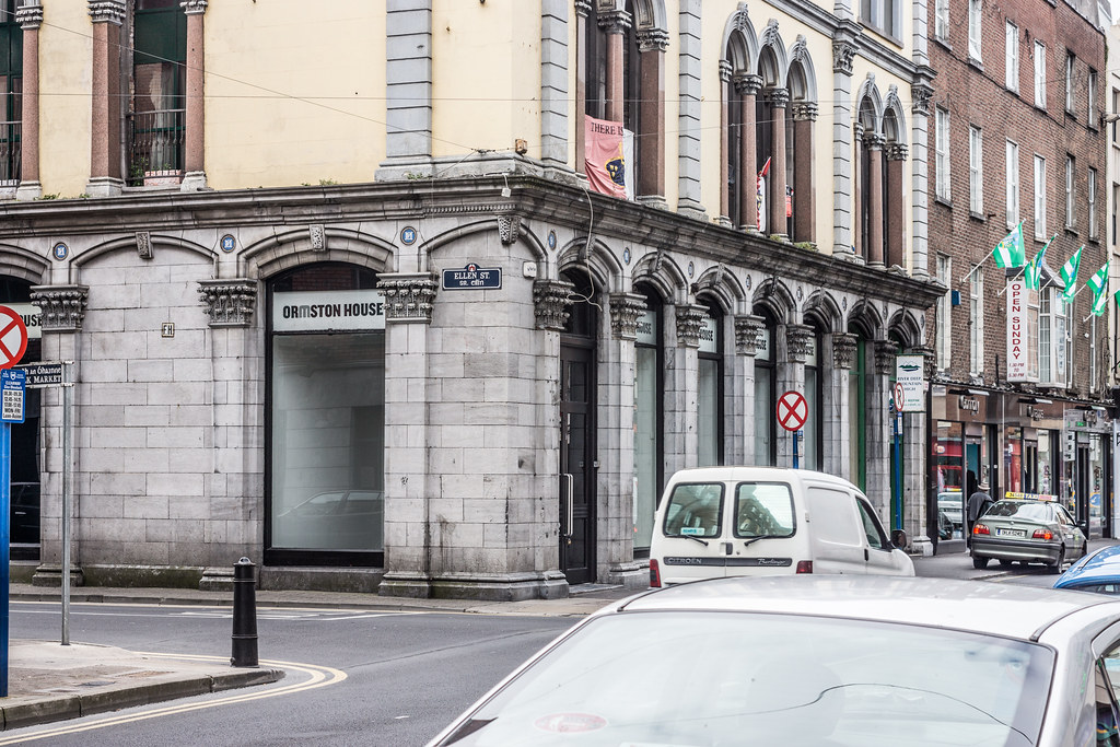 URBAN DEPRESSION AND DECAY IN LIMERICK CITY CENTRE