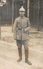 Rudolf remembers (TrueVintage) Tags: man soldier glasses war uniform military helmet krieg oldphoto worldwarone mann ww1 brille 1910s past firstworldwar foundphoto soldat helm militr 1916 vergangenheit vintagephoto germansoldier ersterweltkrieg vintageuniform deutschersoldat