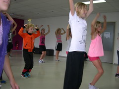 "zomerspelen 2013 hiphop clinic • <a style=""font-size:0.8em;"" href=""http://www.flickr.com/photos/125345099@N08/14384078966/"" target=""_blank"">View on Flickr</a>"
