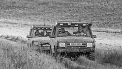 Discovery! Man Eats Biscuit! (stevedewey2000) Tags: salisburyplain wiltshire oldroad byway offroader offroad landrover discovery lifted sptaeast spta blackandwhite bw monochrome desaturated niksilverefexpro nik