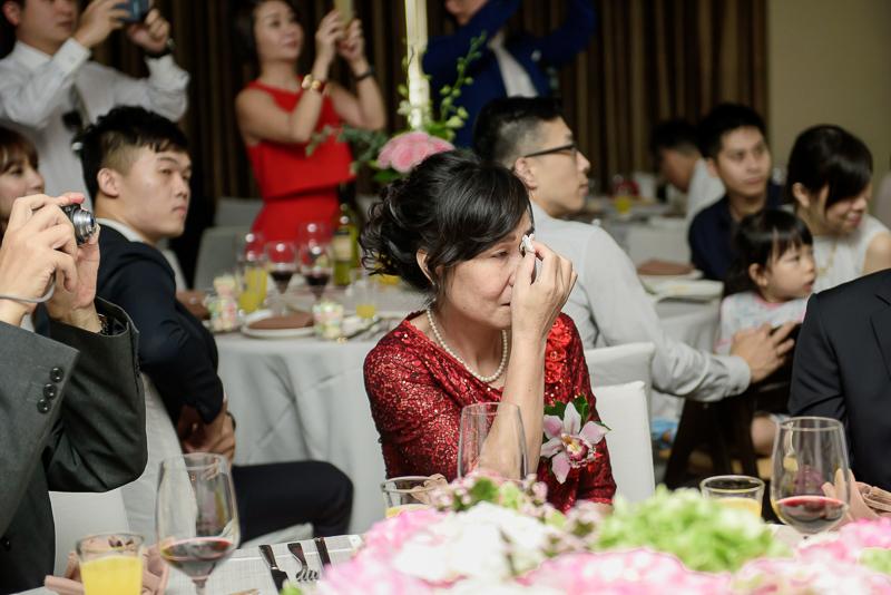 國賓婚攝,台北國賓,國賓飯店婚宴,新秘Miko ,婚攝小勇,台北婚攝, 愛瑞思新娘秘書造型團隊,西敏英國手工婚紗,小寶工作室-039