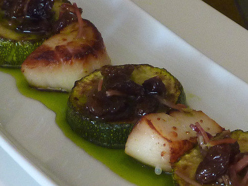 courgette and scallop pinchitos