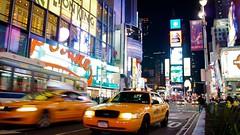 Taxis am Times Square bei Nacht (wopper2004) Tags: world new york city travel chris usa newyork night photography nacht manhattan cab taxi sightseeing nightshoot timessquare trips werbung bigapple reise nachtaufnahmen stadtereise