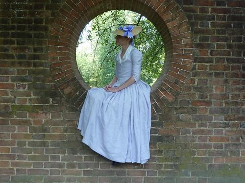 Lavendar linen gown, 1775-1780