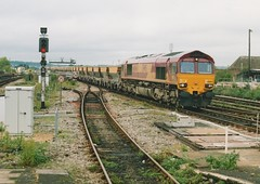 "English Welsh & Scottish Railways Class 66/0, 66012 (37190 ""Dalzell"") Tags: reading gm shed revised generalmotors class66 ews maroongold 66064 class660 englishwelshscottishrailways"