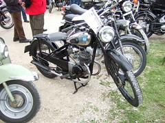 NSU ZDB 125 - 1950 (John Steam) Tags: festival vintage germany bayern meeting motorbike brewery motorcycle oldtimer 1950 nsu 125 motorrad 2015 brauereifest zdb schoenram oldtimertreffen zweitakt schnram