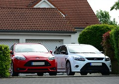 9 Cylinders worth of fun (v6rev) Tags: auto white ford car focus i5 automotive turbo mk2 weiss rs bianco 2010 mkii automobil machina kfz c307