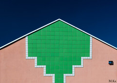Belfort_0916-39-2 (Mich.Ka) Tags: belfort franchecomte abstract abstrait bâtiment color couleur façade grafic graphique maison pignon urbain urban