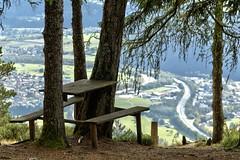 Zeit fr eine Pause (Ernst_P.) Tags: aut bank hochleithenkopf reithbeiseefeld tirol tisch sterreich austria autriche tyrol