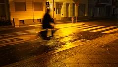 Geisterfahrer (Langi Zwofnf) Tags: 2016 berlin nacht schneberg november geisterfahrer schatten monumentenstr herbst abend smrgsbord