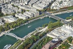 Paris Eiffel on the Top 12.9.2016 3814 (orangevolvobusdriver4u) Tags: fluss river seine 2016 archiv2016 france frankreich paris eiffel turm eiffelturm tower eiffeltower tour toureiffel